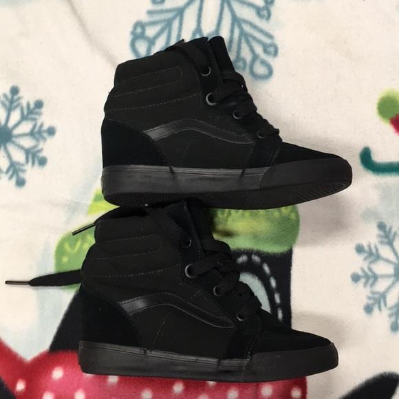 40b9d8ddd3d129 Womens Vans Suede High heeled shoes. M 5b74d44c4cdc3068a2a95135